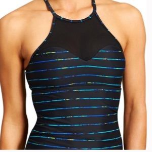 Athletic high necked tankini top NWOT